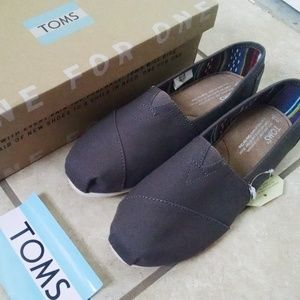 Toms Canvas Grey Classics NWT never worn